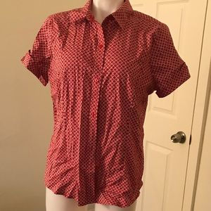 Red/white patterned Liz Claiborne stretch top